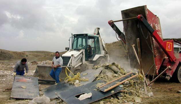 Construcci n e impacto en waste magazine for Materiales que forman el suelo