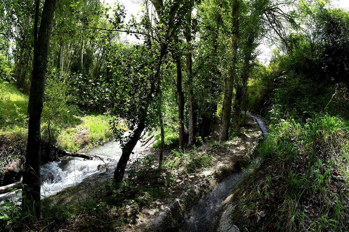 Monachil, sendero del río en Waste Magazine